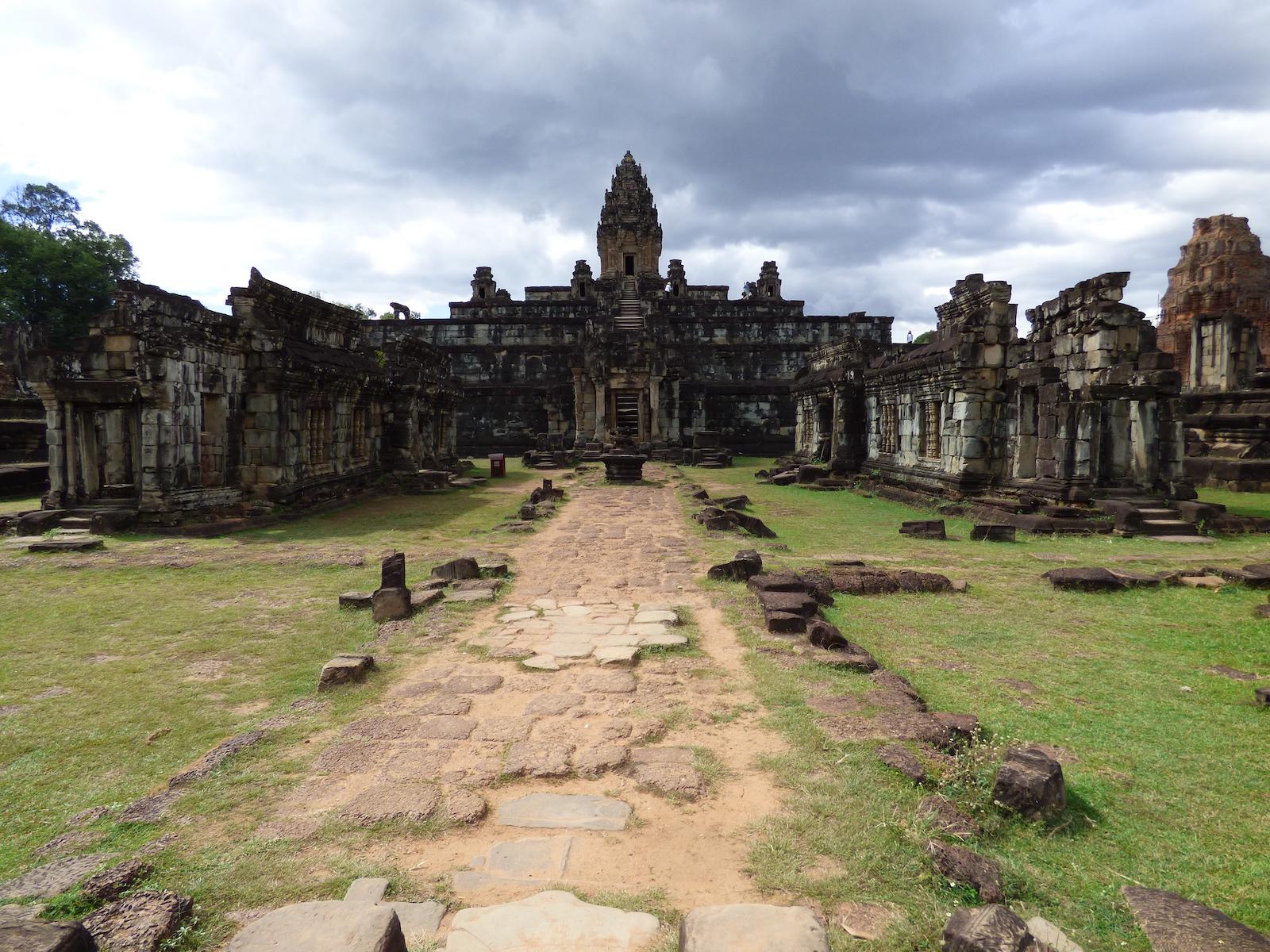 tourameo-reiseplaner-reiseziel-abenteuer-kambodscha-tempel