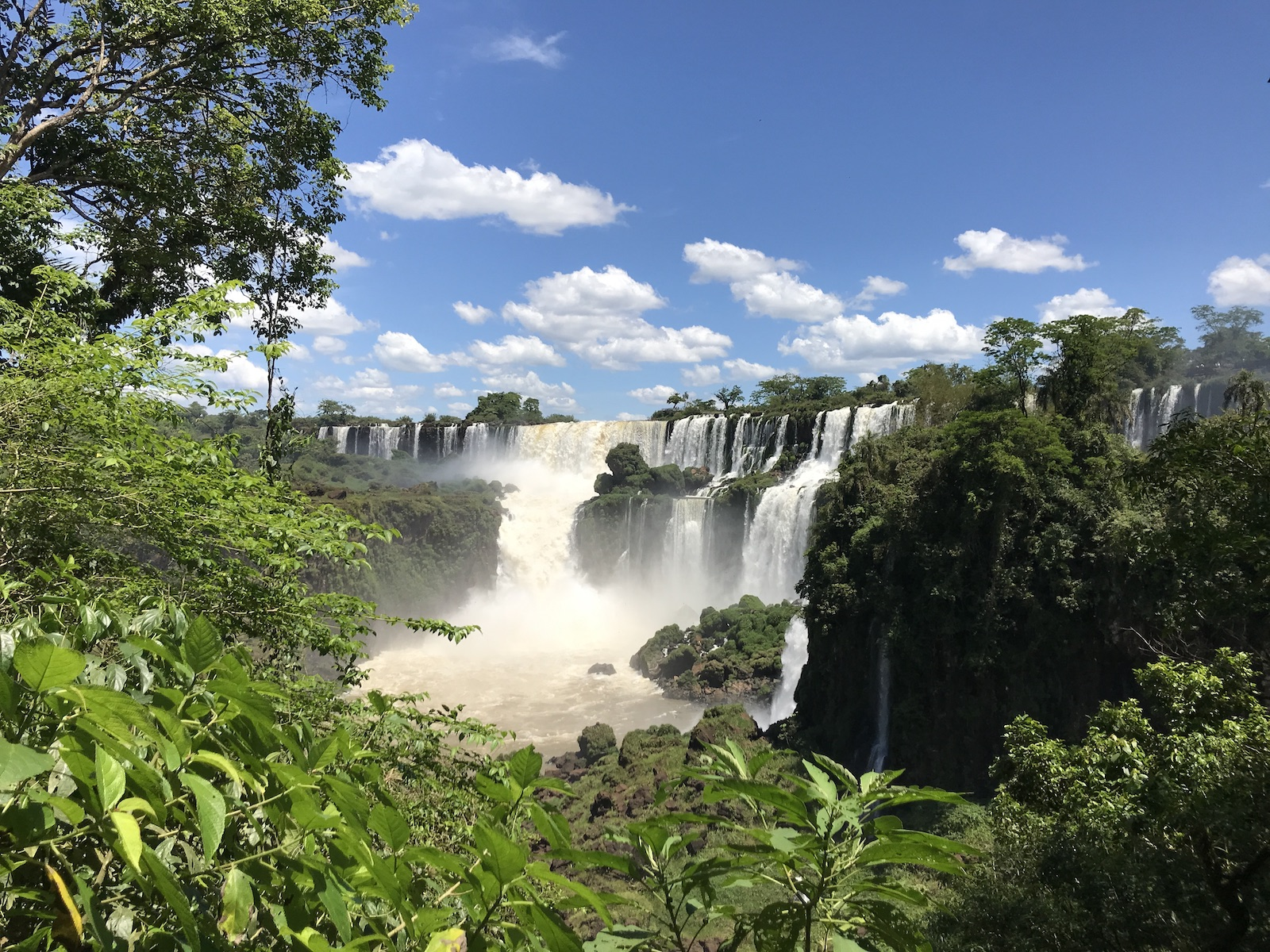 tourameo-trip-planning-honeymoon-brazil-iguacu-falls