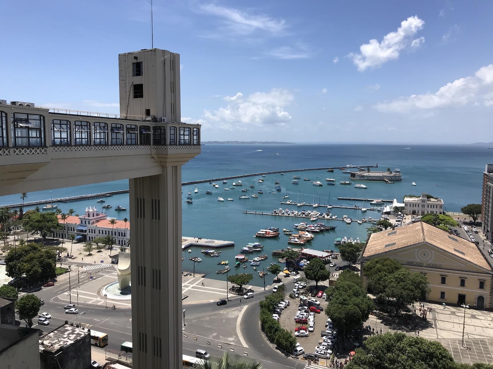 tourameo-reiseplanung-gruppenreise-brasilien-salvador-elevador-lacerda