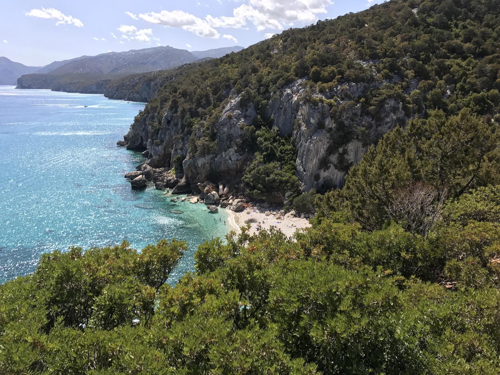 tourameo-reiseplanung-individualreise-europa-sardinien-bucht