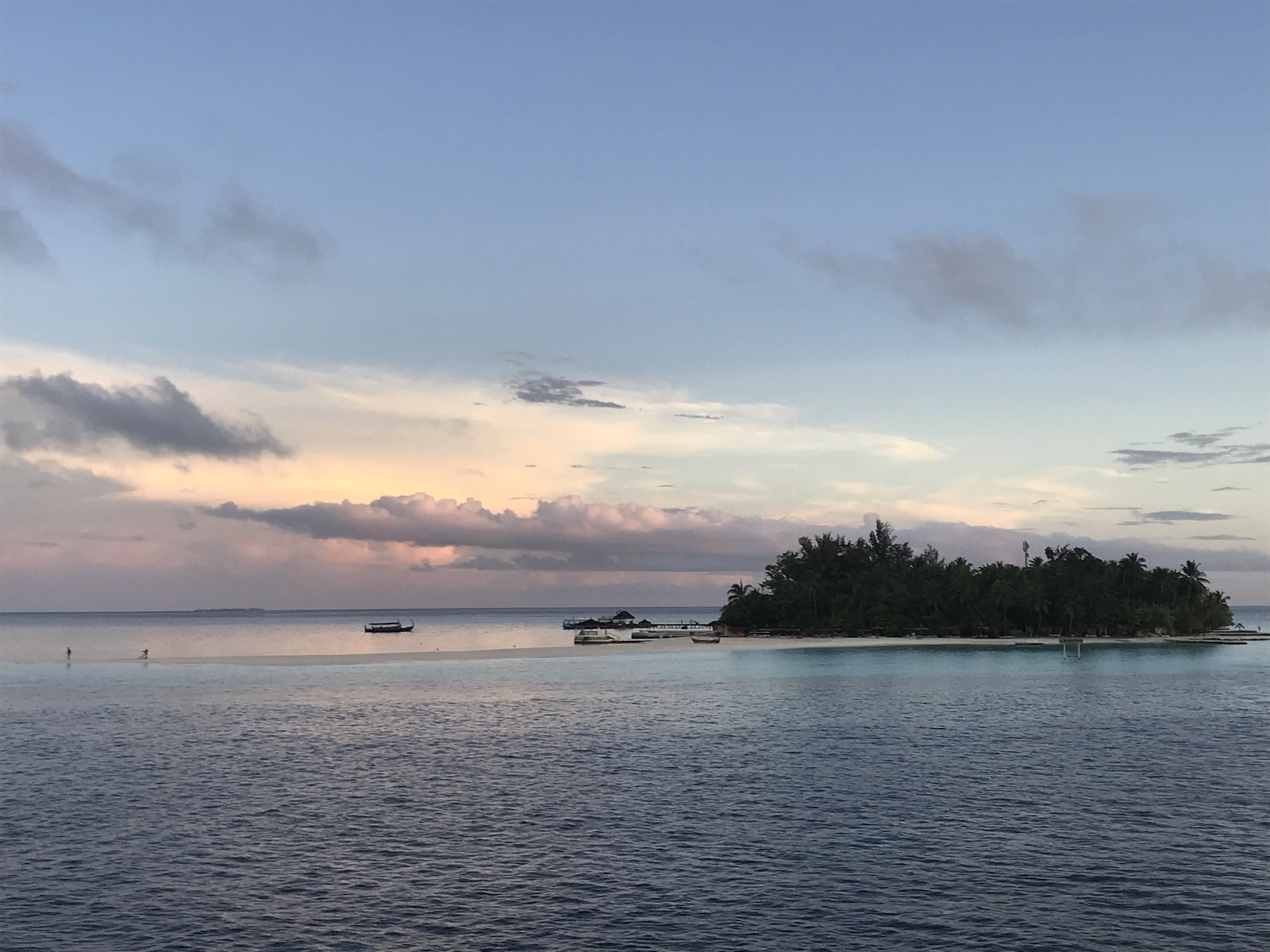tourameo-reiseplanung-individualreise-flitterwochen-malediven-insel
