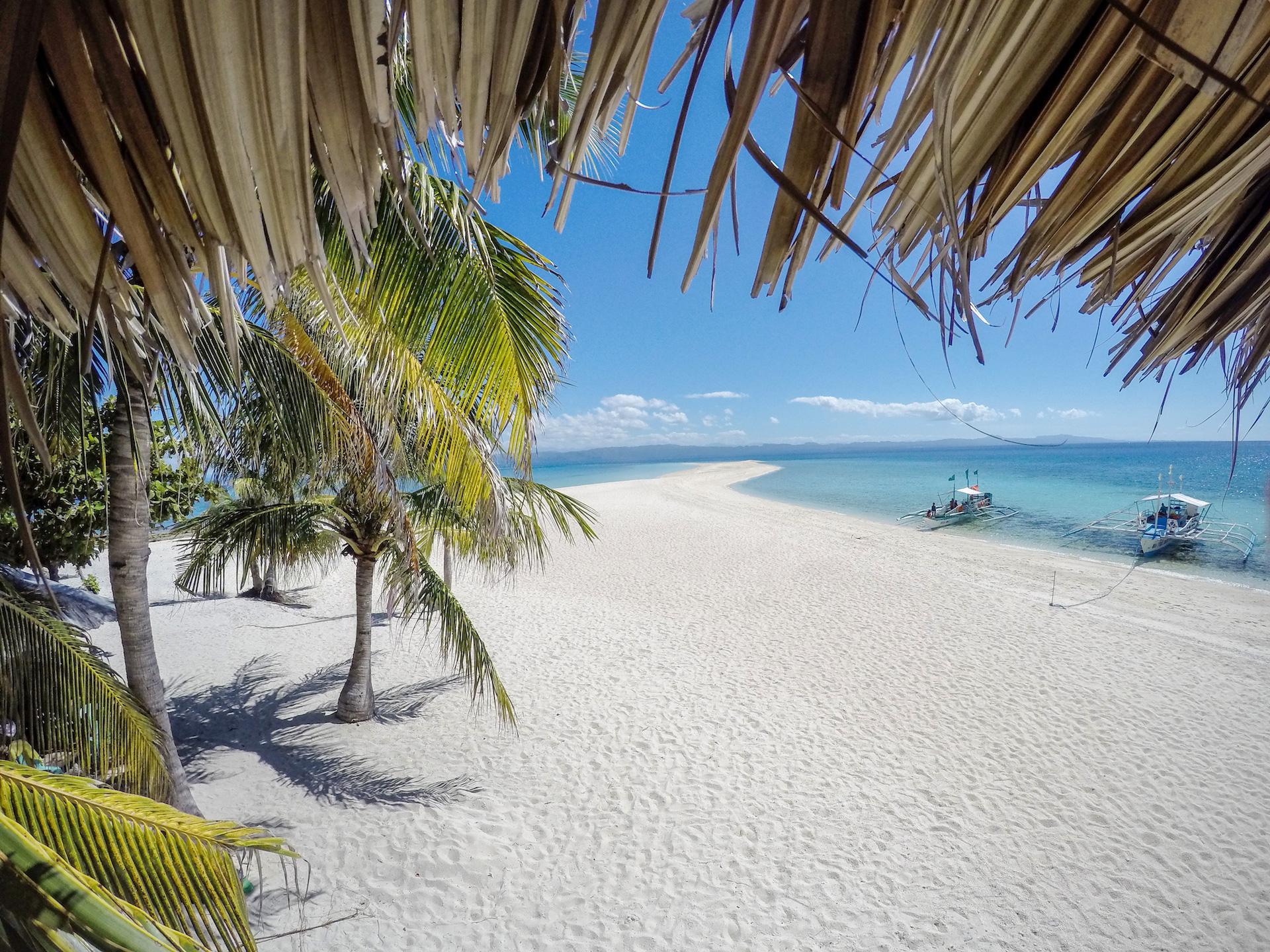 tourameo-reiseplanung-philippinen-weißer-strand