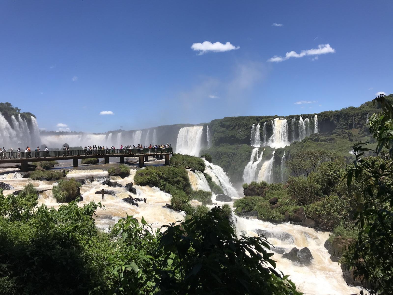 tourameo-reiseplanung-reiseziel-iguacu-faelle-brasilien