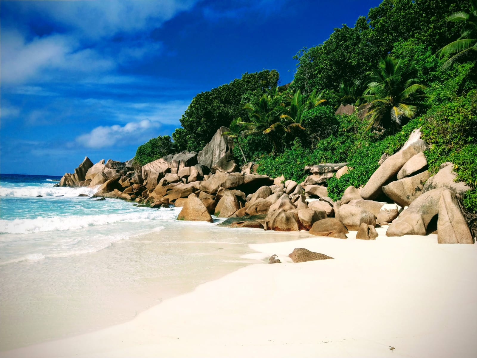 tourameo-reiseplanung-reiseziel-seychellen-strand