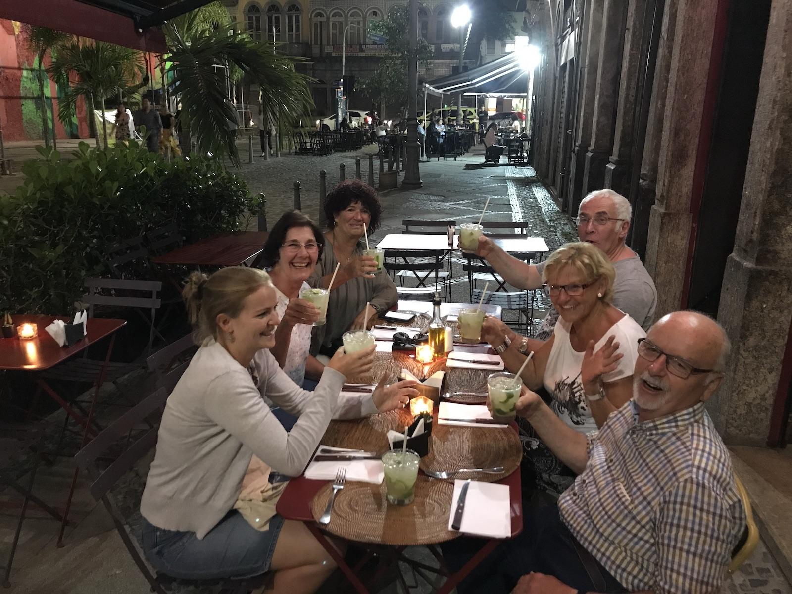tourameo-reiseveranstalter-brasilien-rio-gruppe-restaurant