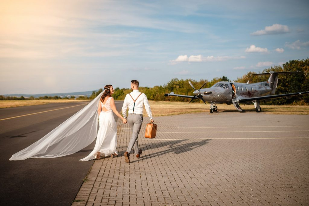 tourameo-trip-planning-honeymoon-bridal-couple-private-flight