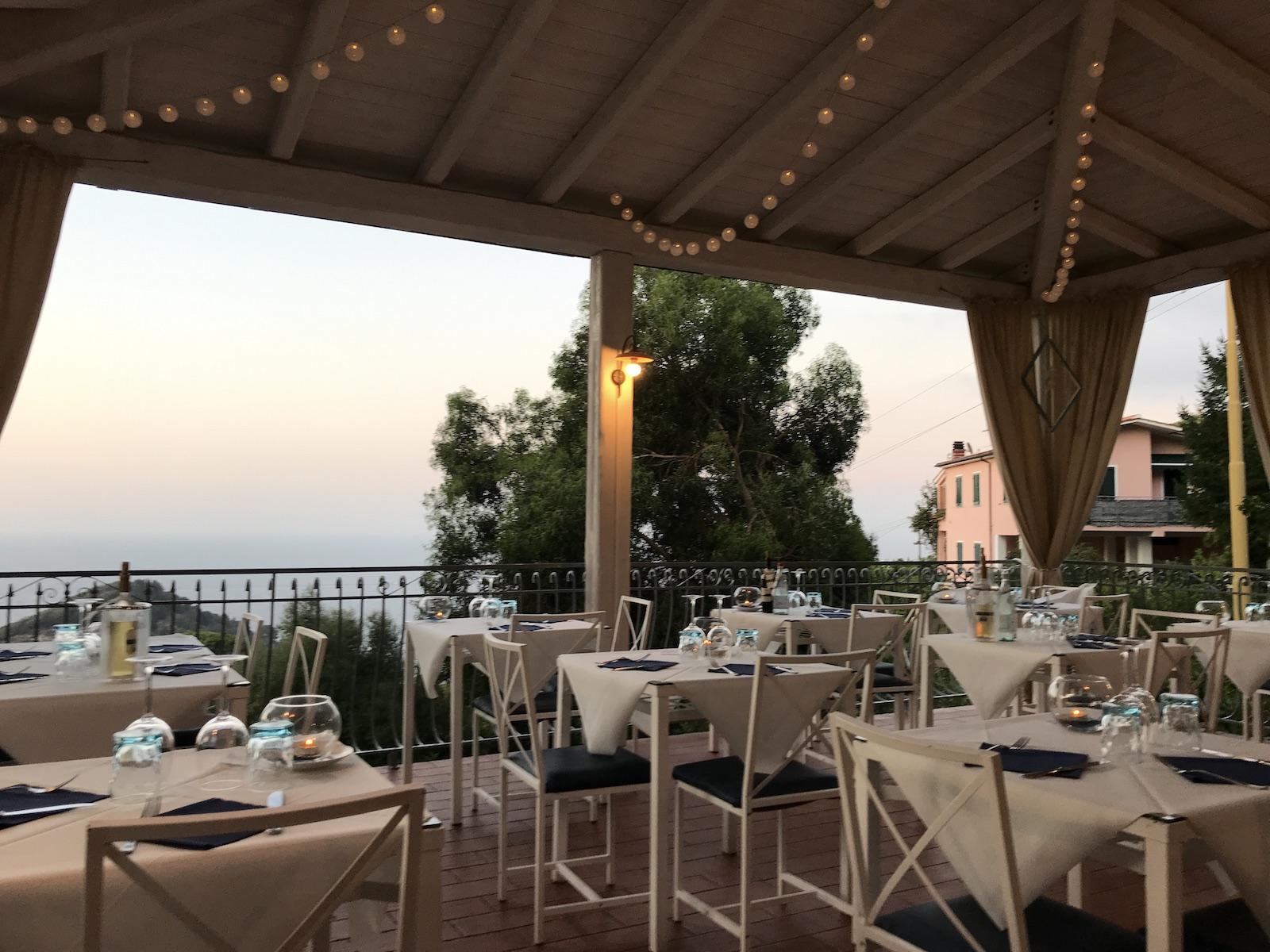 tourameo-elba-hotel-restaurant-ausblick