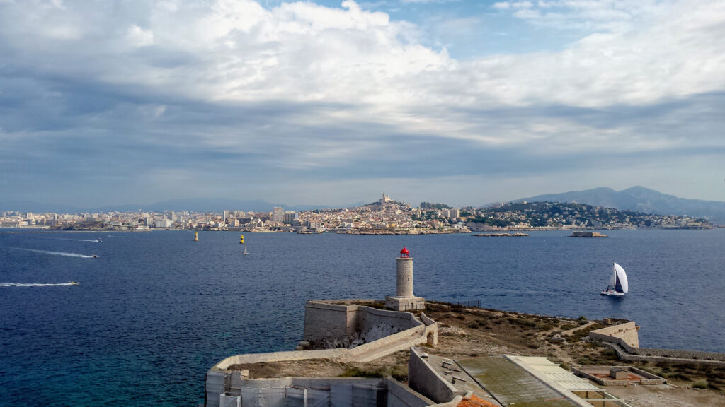 marseille-reise-chateau-d-if-sightseeing-tourameo