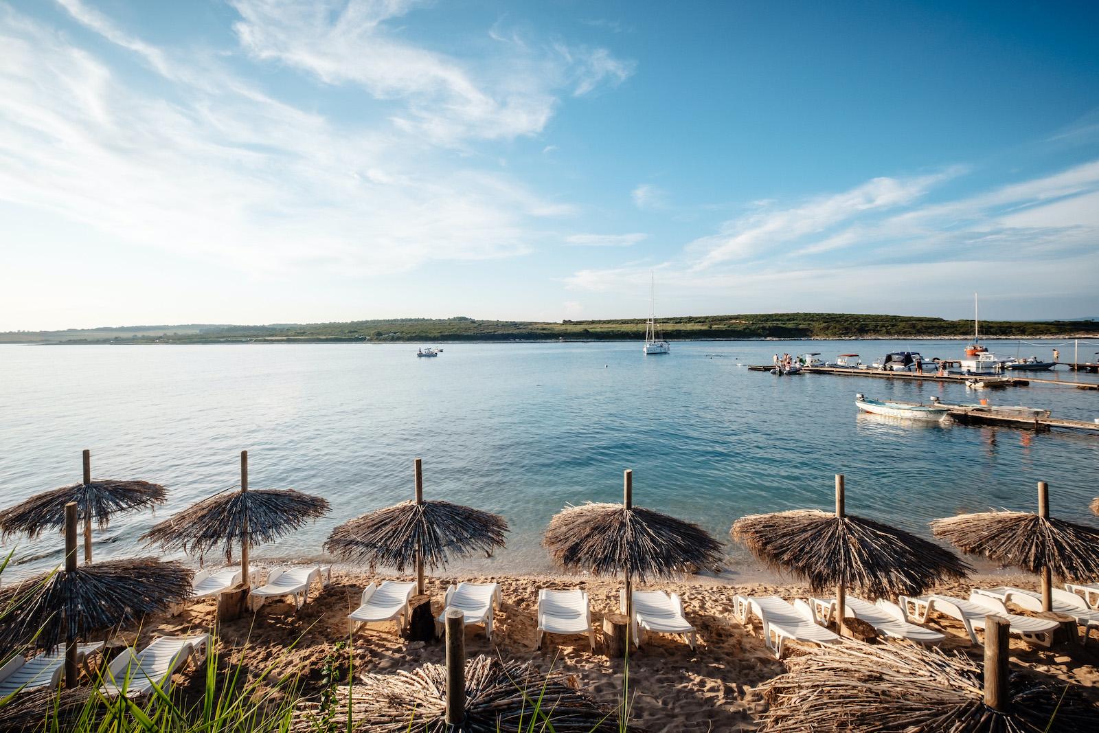hochzeitsplanung- kroatien-beach-club-croatia-love